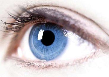 Заболевания глаз: тромбоз, катаракта, истончение сетчатки