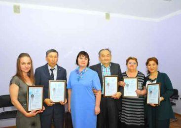 Удостоены Премии имени Валентины Косянюк