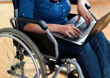 Инвалиды Казахстана смогут заказывать средства реабилитации и спецсоцуслуги